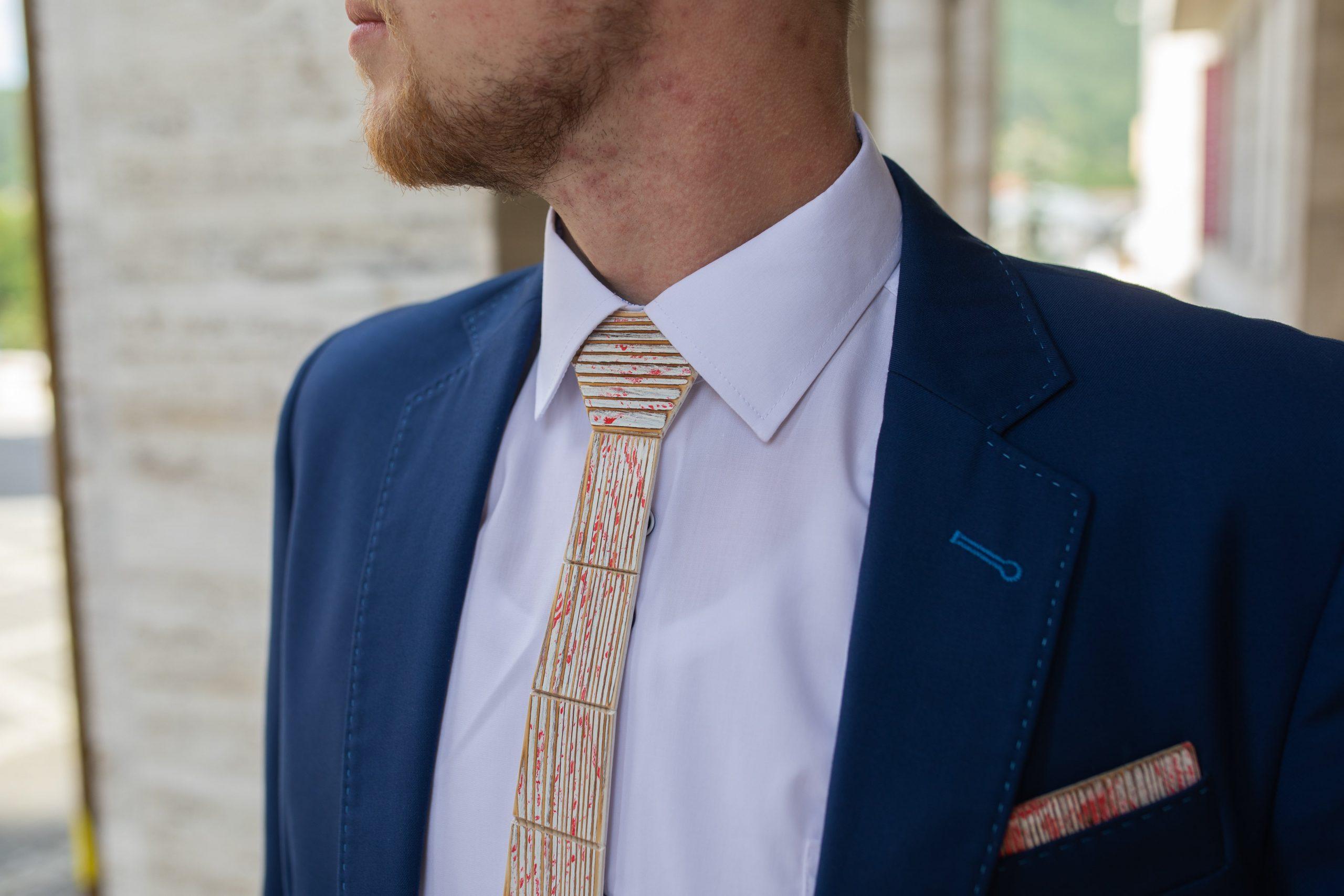 """Drevená pánska kravata Retro červená """"MARKstyle"""""""